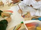 Foto bambini che disegnano