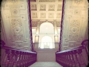 le scale della biblioteca labronica villa fabbricotti