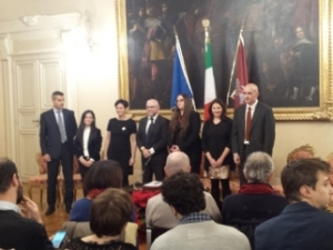 conferenza stampa 23 dicembre 2015 con sindaco Nogarin